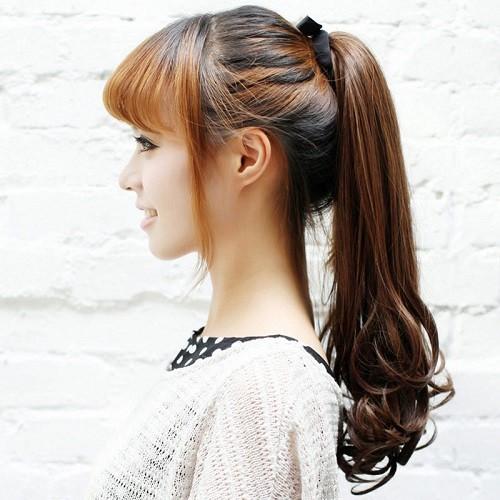 Высокий хвост на длинные волосы с челкой
