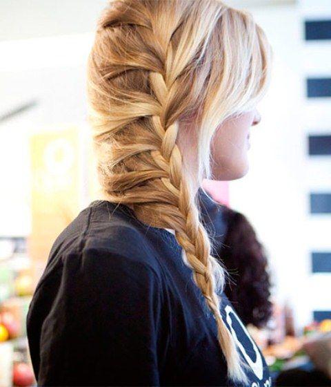 Прическа «Боковая французская коса»