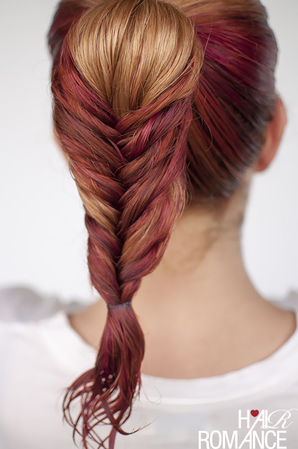 Вечерние прически с косами на средние волосы - рыбий хвост