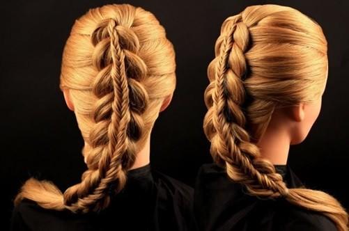 Коса в косу - новогодняя прическа на длинные волосы