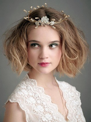 «Звездная» укладка для коротких волос